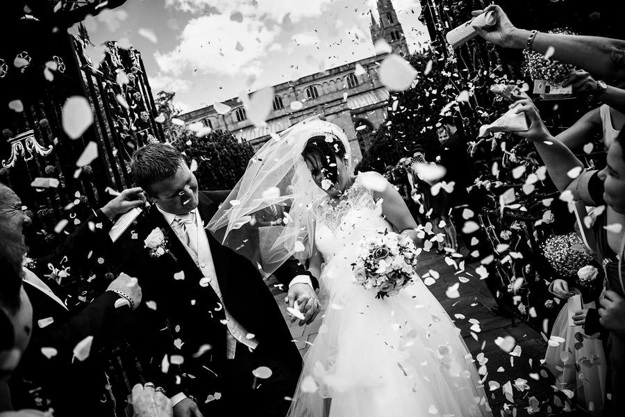 tewkesbury abbey confetti reportage wedding photography cheltenham