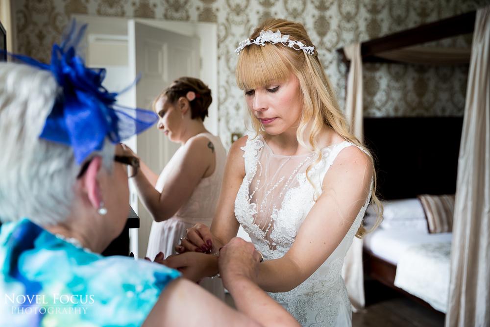 bridal preparation wedding photography
