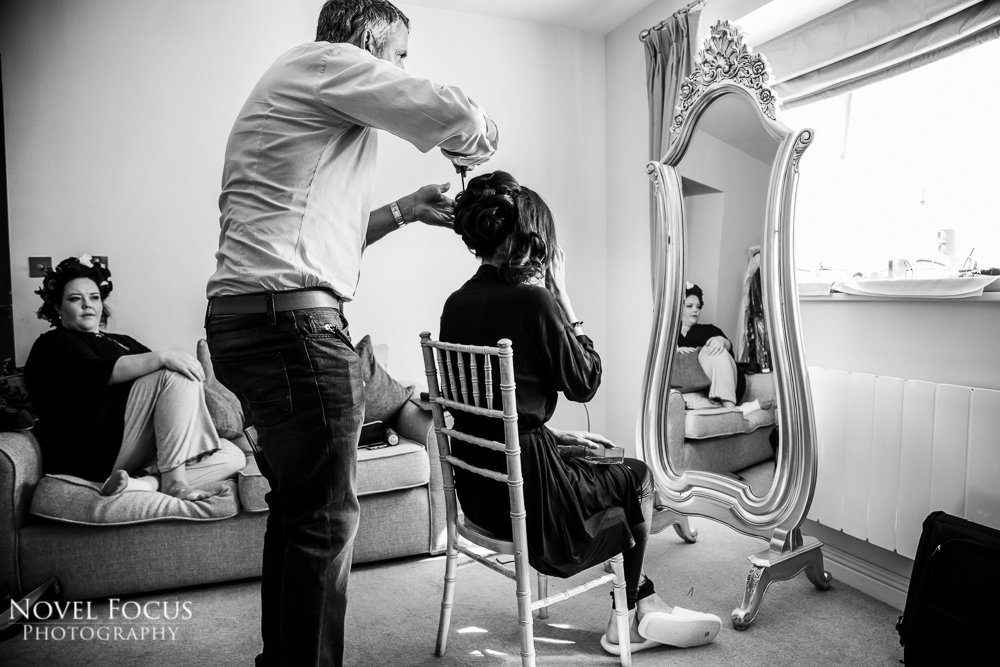 reportage wedding photographer bridal preparation