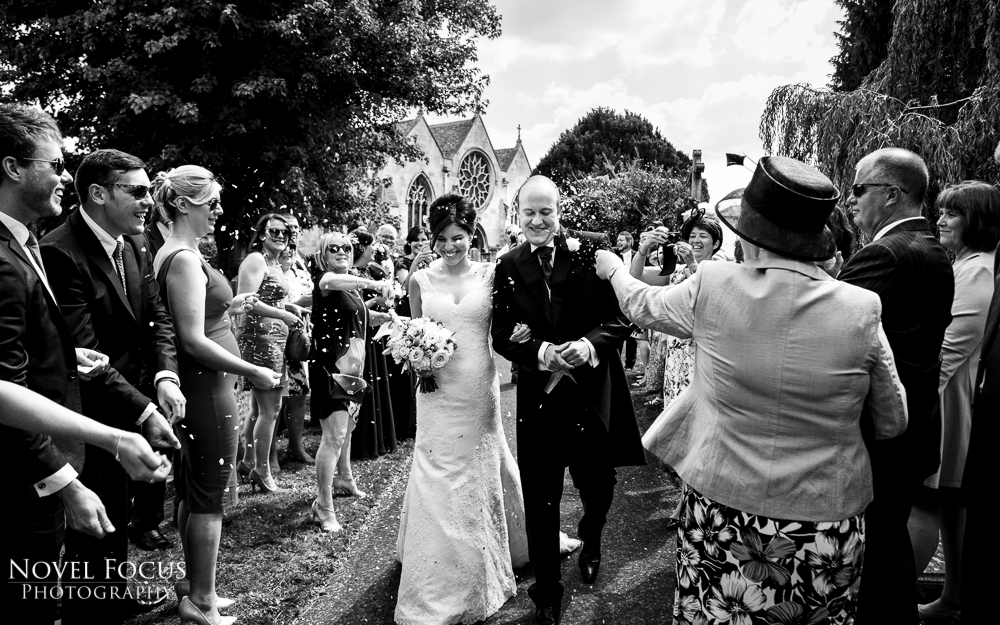 confetti wedding photography in black and white