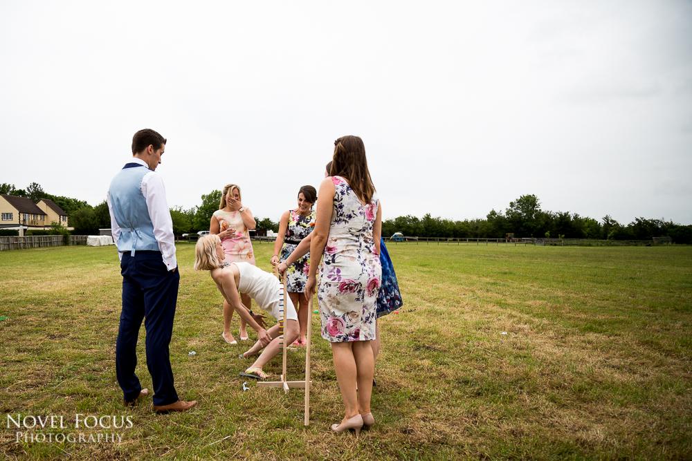 wedding photography limbo funny